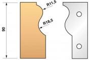 303 : Jeu de fers moulure plinthe hauteur 90 mm